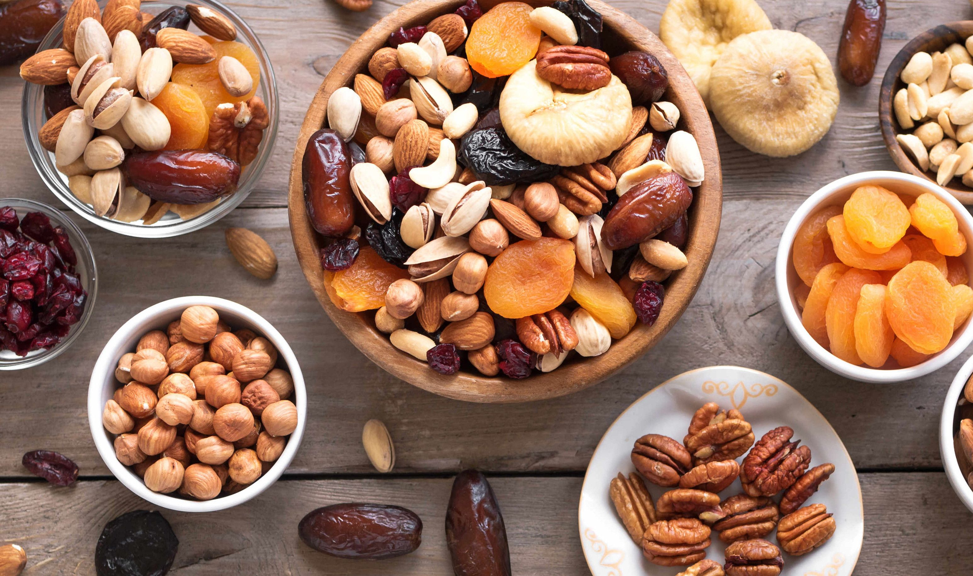 How to Store Nuts and Dried Fruits
