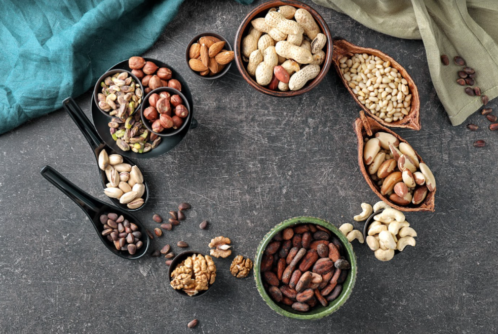 The Importance of Omega 3 and the Benefits of Nuts by Nutritionist, Carlos Rios