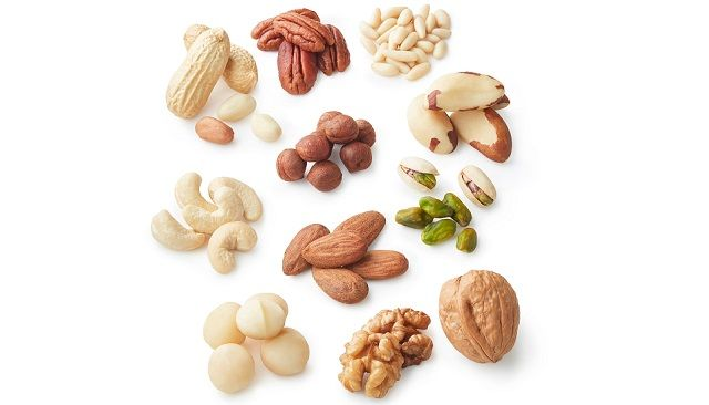 Snacking on Mixed Tree Nuts for Weight Loss and Increased Satiety