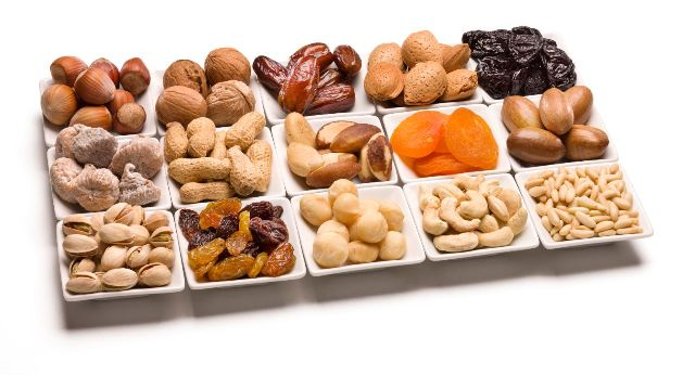 Daily consumption of nuts may reduce the risk of cardiovascular diseases by 30%