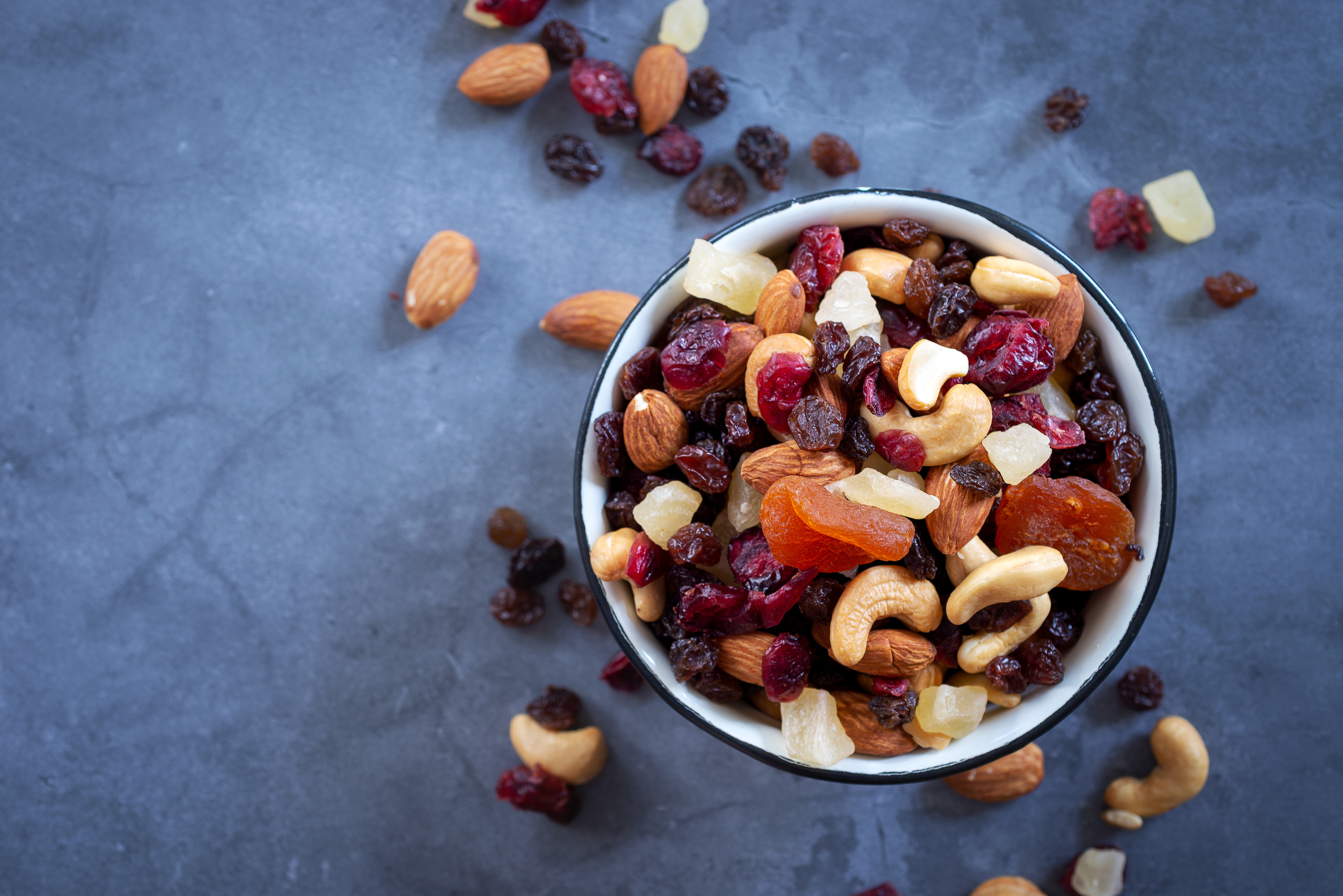 Snack on nuts and seeds to boost your immunity