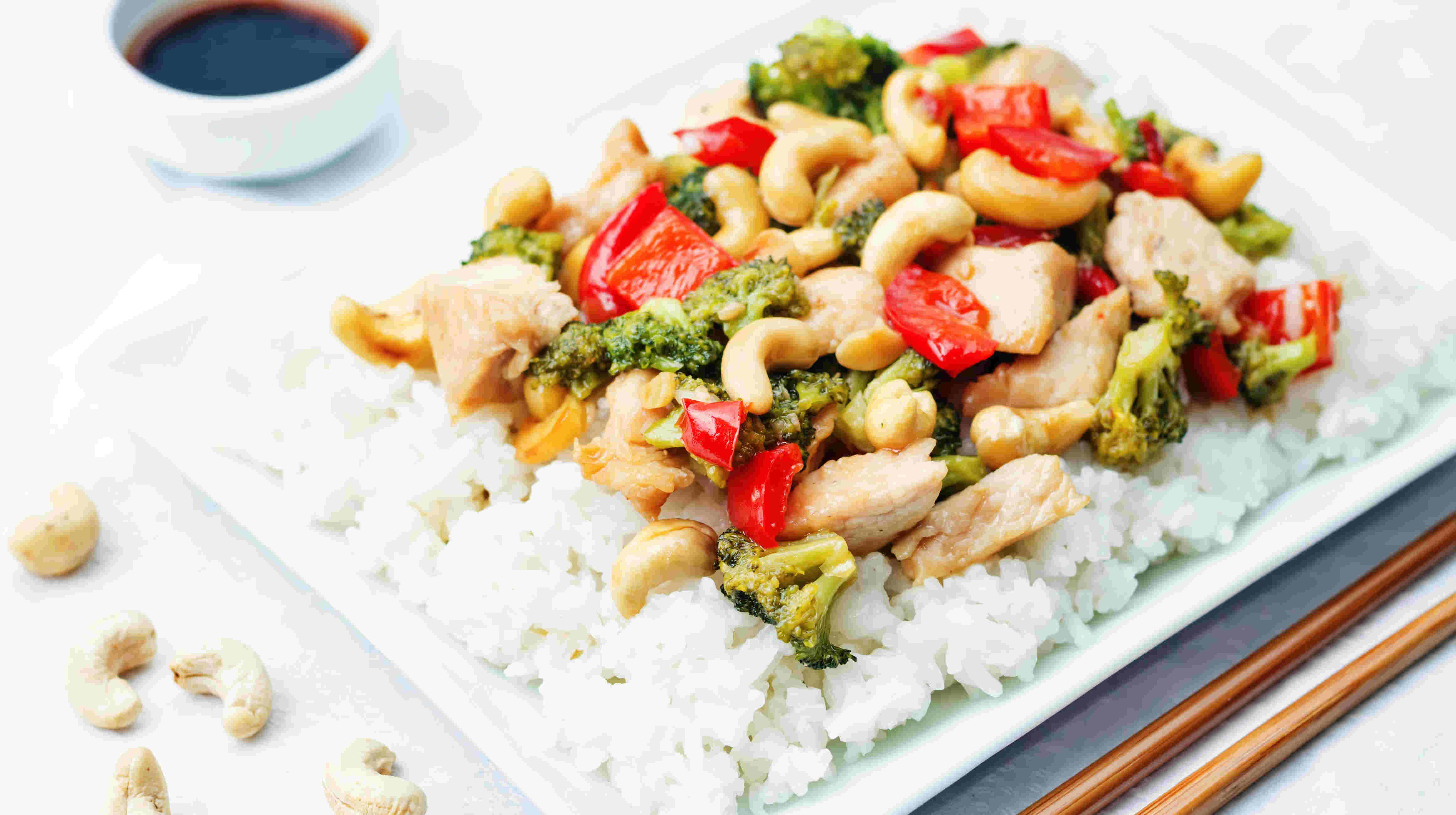 asian dishes with cashews